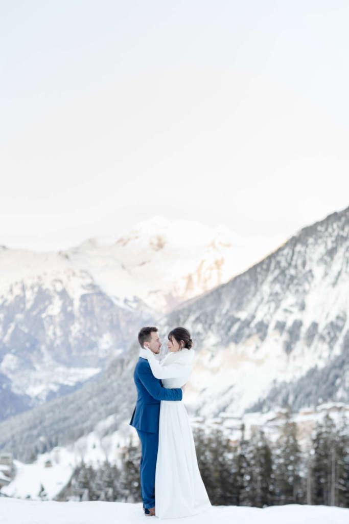 Mariage hiver courchevel dans les Alpes