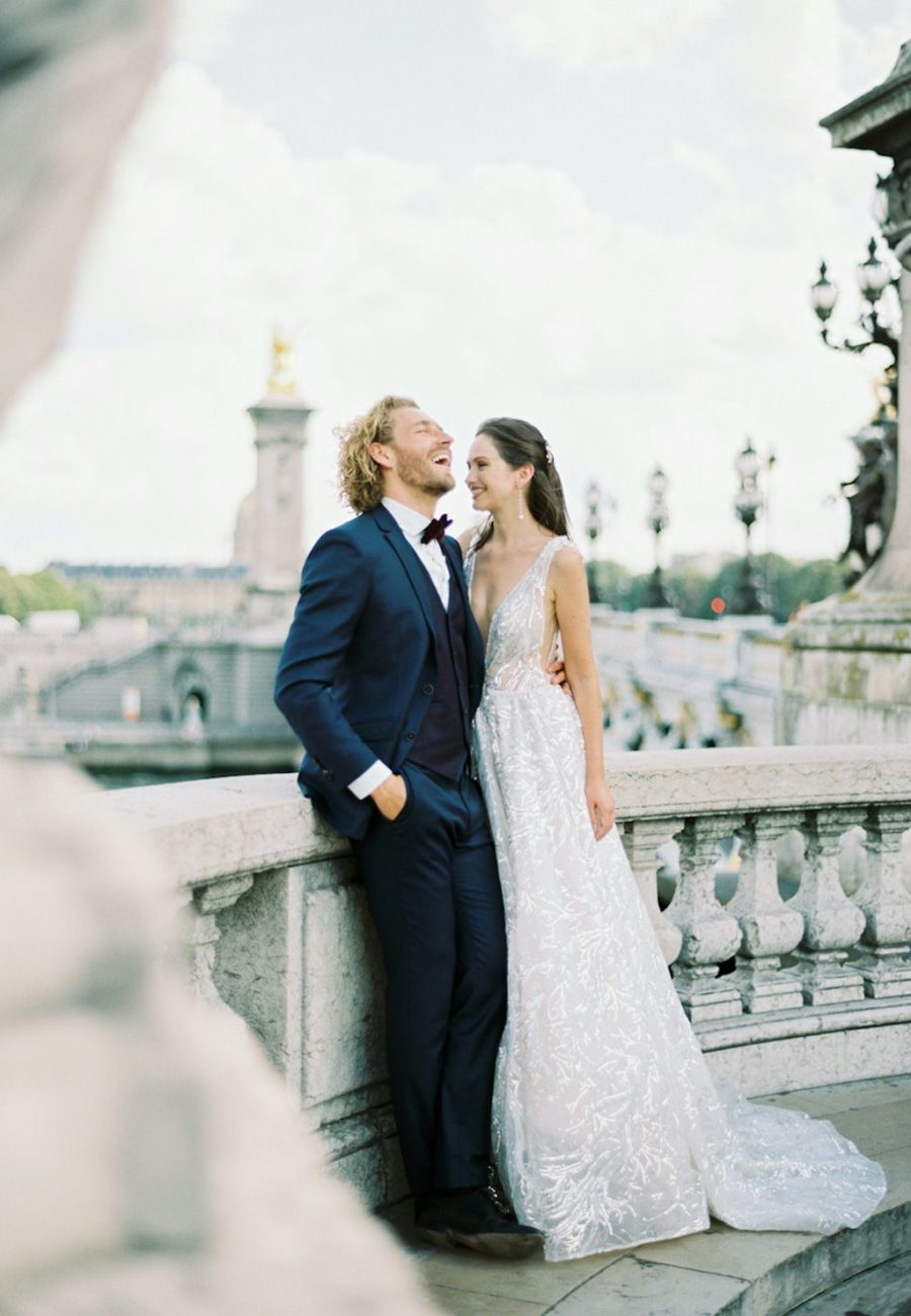 Couple session in paris for bride and groom